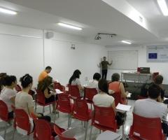 El día de clase ha servido para la corrección del examen del curso.
