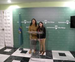 Labao y Piña, en la sala de prensa del Ayuntamiento de Vélez Málaga.